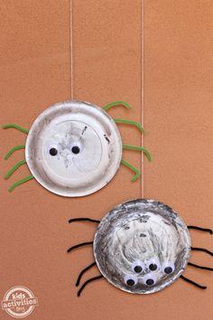 Spider Craft {Halloween Craft}