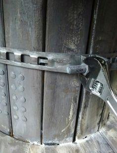 ケーブルドラムを手に入れたらまずはテーブルにリメイクしたい☆ LIMIA (リミア) Power Strip, Door Handles, Door Knobs, Door Knob