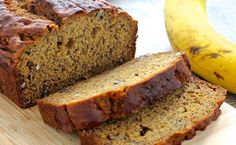 Banana Flax Bread Recipes My Banana Flax Bread is packed with nutritious whole grains, flaxseed and Greek yogurt. When it's baking in the oven, it will make your whole house. Clean Banana Bread, Banana Nut Bread, Banana Bread Recipes, Cauliflower Cheesy Bread, Zucchini Bread, Clean Eating Recipes, Cooking Recipes, Healthy Recipes, Healthy Eating