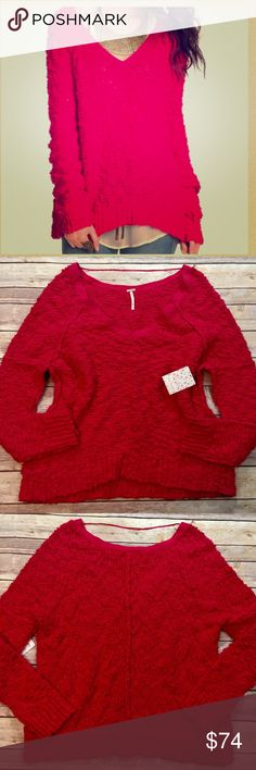 """NEW Free People """"Songbird"""" Chunky Boucle Sweater NEW  Free People  """"Songbird""""  Women's Size XS Chunky Pink Boucle V-Neck Sweater New with tag Free People Sweaters V-Necks"""