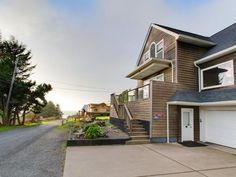 43941.00 (includes tax cleaning and fees) House vacation rental in Lincoln City from VRBO.com! #vacation #rental #travel #vrbo