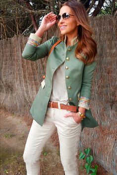 paula echevarria the extreme collection (love this color on the jacket) Look Blazer, Casual Blazer, Casual Chic, Trend Fashion, Work Fashion, Womens Fashion, Fashion Design, Mode Outfits, Fall Outfits