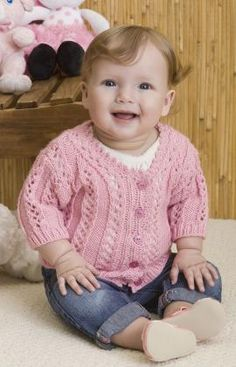 Baby Girl's Sweater Free Knitting Pattern from Red Heart Yarns Patroon opgeslagen Baby Knitting Patterns, Crochet Baby Cardigan Free Pattern, Knitting Baby Girl, Baby Patterns, Knitted Baby, Baby Knits, Free Crochet, Baby Girl Cardigans, Knit Baby Sweaters