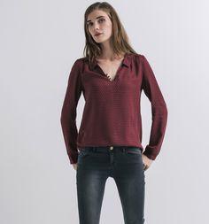 http://www.promod.fr/femme/chemisiers---tuniques/blouses/blouse-imprimee-femme-imprime-bordeaux-R3260017598.html