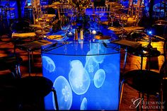 Jelly Fish Table Round Glass