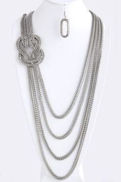 Just arrived and already a Fan Favorite The Petra Knotted Chain Layered Necklace  www.TheShoppingBagStore.com  #FallFashions #GetTheLook    www.TheShoppingBagStore.com