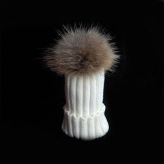 2017 Fashion Children Winter Raccoon Fur Hats 100 Real 15cm Ball Fur pompom Beanies Cap Natural Fur Hat For Baby Kids Children