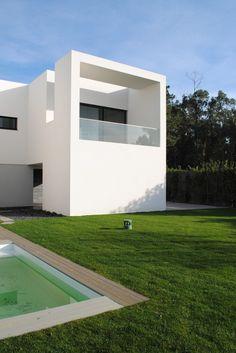 Casa em Touguinhó II / Raulino Silva, Arquitecto
