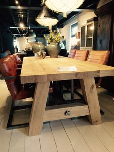#DiningRoomTable Deck Table, Diy Dining Table, Dinning Room Tables, Slab Table, Table Legs, Table And Chairs, Modern Farmhouse Table, Rustic Table, Wooden Tables