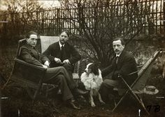 Marcel Duchamp, Jacques Villon, and Raymond Duchamp-Villon with dog Pipe in the garden of Villon's studio, Puteaux, France, 1913. Walt Kuhn, Kuhn Family papers