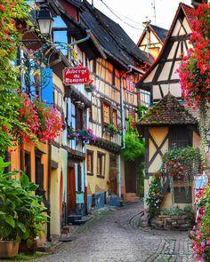 Eguisheim, Alsace, France / /esraksnk/