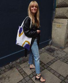 "1,752 likerklikk, 26 kommentarer – Jeanette Friis Madsen (@_jeanettemadsen_) på Instagram: ""Spot on - on a rainy Wednesday ☔️ Go get your (waterproff) Pieces by Lea Kargaard net - in stores…"""