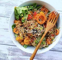 Nouille japonaise et citrouille rôtie accompagné de ses délicieux légumes croquants !!  So vegan  #repost : @openforwinter #vegan #streetfood #yum #yummy #delish #delicious #delicieux #food #foodies #foodie #foodpic #foodpics #foodphotography #foodporn #foodgasm #foodastagram #instafood #instagood #instafoodies #instafoodie #veganeats #vegangirl #vegetarian