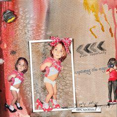 Once upon a time collection by Dawn Inskip Une petite fille qui essaye les chaussures à talon de sa maman, c'est une photo collector !