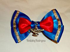 Aladdin Genie Inspired Hair Bow Disney from KnitsbyKatryna on Storenvy Disney Diy, Disney Crafts, Disney Hair Bows, Disney Outfits, Ribbon Hair Bows, Mickey Ears, Cute Bows, Mask For Kids, Baby Headbands