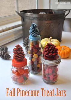 Fall Pine Cone treat jars craft idea by Club Chica Circle.