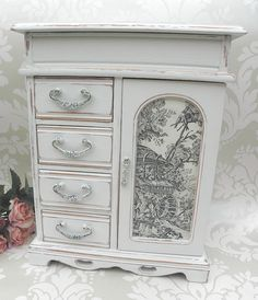 Large shabby chi jewellery box painted in Annie Sloan 'Old White' chalk paint. Door inlaid with vintage black/ivory toile