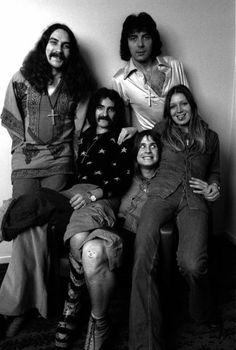 "metal-attack: """" Black Sabbath, 1974. "" "" Classic Rock And Roll, Rock N Roll, Ozzy Osbourne Young, Musica Metal, Classic Rock Artists, Geezer Butler, Boogie Woogie, Psychedelic Rock, Judas Priest"