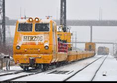 Net Photo: HZGX 20300 Herzog Railway Services N/A at Duluth, Minnesota by Dave Schauer Network Rail, Duluth Minnesota, Airplane, Planes, Trains, Diesel, Boats, Plane, Airplanes
