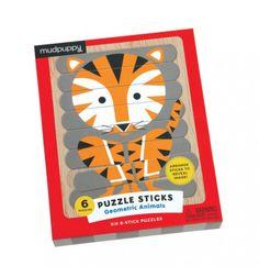 Puzzle Patyczki to układanka z dwustronnie malowanych patyczków. W zestawie są 24 patyczki, z których można stworzyć 6 obrazków, przedstawiających zwierzęta.