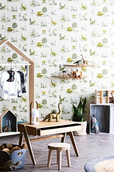 There are many different ways of doing green from subtle hints to bright hits of green. Here are some more green #boysrooms to inspire you http://petitandsmall.com/green-decor-ideas-boys-room/ #kidsroom
