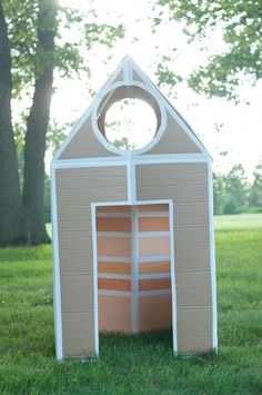 Endless Summer Projects: Collapsible Cardboard House | Classic Play - Pars Caeli - Lulu the Baker - Alexandra Hedin - this heart of mine