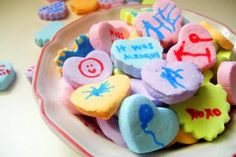 Homemade Valentine's Day conversation hearts -- so neat! By Make Monthly