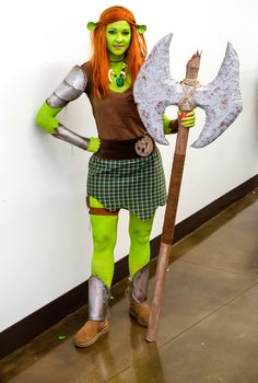 Fiona from Shrek #cosplay by @GLITZYGEEKGIRL at Dallas Comic-Con 2013