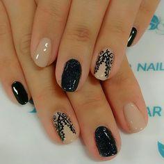 Nails by TAMARA #tecumsehsalon #spaxs #spaxsnailbar #gelpolish #nails #handpaintednails