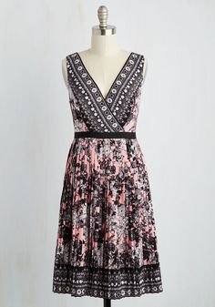 Orchestra Audition Dress - Pink, Black, Floral, Print, Pleats, Daytime Party, Empire, Sleeveless, Woven, Best, Mid-length