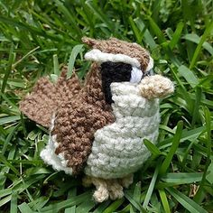 Pidgey Pokemon by Nichole's Nerdy Knots Pidgey takes a bit more work than the others but he's worth it! There are many parts to sew together but his pattern is fairly simple. Crochet Birds, Crochet For Kids, Diy Crochet, Crochet Toys, Irish Crochet, Pokemon Crochet Pattern, Amigurumi Patterns, Crochet Patterns, Stitch Ears