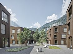Geviert - Wohnüberbauung in Näfels Archi Images, Wood Facade, Building Facade, Style At Home, Urban Design, Interior Architecture, Mansions, House Styles, Facades