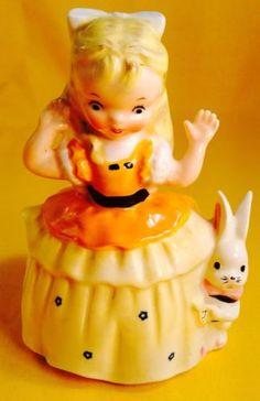 Very-Rare-Napco-034-Alice-in-Wonderland-034-Figurine-Planter-Rabbit-Vintage-So-Cute