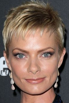soft blonde pixie with spiky texture