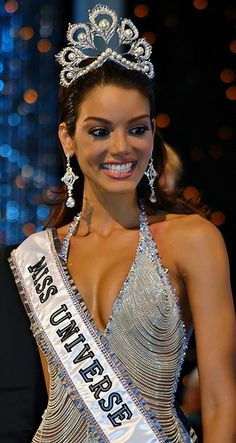 Zuleyka Jerrís Rivera - Puerto Rico - Miss Universe 2006 Zuleyka Rivera Miss Universe, Miss Puerto Rico, Miss Colombia, Evening Dresses For Weddings, Miss World, Puerto Ricans, Beauty Pageant, Little Girl Dresses, Beauty Queens