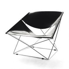 Butterfly 休閒椅 - Pierre Paulin Pierre Paulin 以他獨特的設計語彙詮釋『包浩斯』精神的設計作品,簡約俐落的線條外型,在今日看來仍舊是前衛不凡的經典佳作。