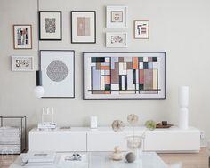 Living Room Tv, Small Living Rooms, Living Room Designs, Modern Tv Room, Gallery Wall Bedroom, Tv Decor, Home Decor, Tv Wall Design, Framed Tv