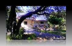 Beautiful luxury cabin sleeps 6, Pool, BBQ, 2 miles from Guadalupe