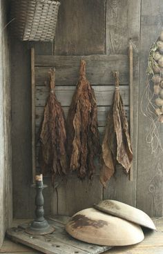 Primitive Early Homestead Look Wood Drying Rack w/Dried Tobacco Hands