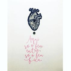 #Repost Bom dia com nosso adesivo 'Só o Bem' na porta de casa da @larissalucchese.  Obrigada pelo carinho, flor.   #DivirtaSeDecorando #adesivosdeparede #adesivodeparede #adesivodecorativo #decor #decoração #designdeinteriores #decorefacil #ideiascriativas #casamento #instagood #instadecor #apartamento #diy #facavocemesmo #ideiasdecoracao #cantinho #frases #mensagemdodia #inspiracao #mensagens #bomdia #sabado