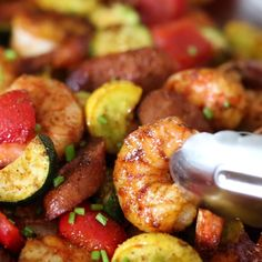 This EASY Air Fryer Cajun Shrimp Dinner is made with shrimp, sausage, squash and peppers. This EASY Air Fryer Cajun Shrimp Dinner is made with shrimp, sausage, squash and peppers. Air Fryer Recipes Shrimp, Cajun Shrimp Recipes, Air Frier Recipes, Air Fryer Oven Recipes, Air Fryer Dinner Recipes, Seafood Recipes, Cooking Recipes, Healthy Recipes, Easy Recipes