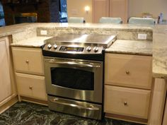 A stainless steel gas range top with stove top cover in place. Jonathan Alonso Board: Appliances, Stoves, and Ovens Stove Oven, Kitchen Stove, Kitchen Redo, New Kitchen, Kitchen Remodel, Kitchen Cabinets, Kitchen Appliances, Kitchen Ideas, Gas Stove Top Covers