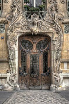 Parisian door as a piece of art