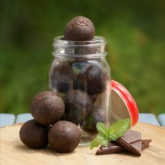 Raw Mint Chocolate Bites by Southern In Law