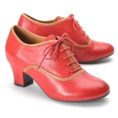 I know I had these shoes (in black) in the late 60's or early 70's.   I should have saved them.