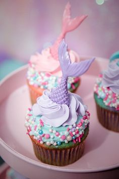 Mermaid Cupcakes from a Shimmering Mermaid Birthday Party on Kara's Party Ideas cupcakes anniversaire decoration licorne noël recette recipes cupcakes Cupcake Party, Cupcake Cakes, Mini Cupcakes, Oreo Cupcakes, Baby Cakes, Girl Cakes, Mermaid Birthday Cakes, Mermaid Birthday Party Ideas, Mermaid Themed Party