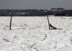 Montauk Harbor Freezes Over As Temperatures Remain Low - 27east