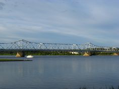 Eine der vielen Brücken in Tornio