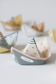 SEGEL ships, seaworthy ships for courageous captains (M/F) looking for adventure! Folding Boat, Paper Boats, Birthday Treats, Nursery Room, Diy For Kids, Getting Married, First Love, My Design, Journey