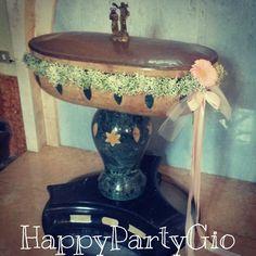 #Ghirlanda di #fiori #gerbere e #nastro #rosa per il #Fonte #Battesimale #Battesimo